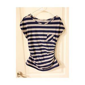 ❣️3/$15 ❣️Cute short sleeve striped shirt